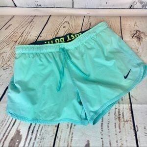NIKE Dri-Fit Womens 10k Insulated Running Shorts M